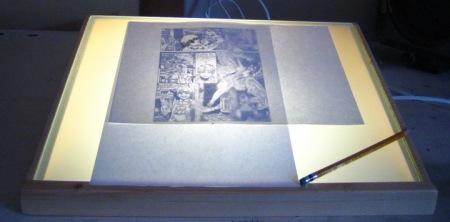 שולחן האור בעבודה
